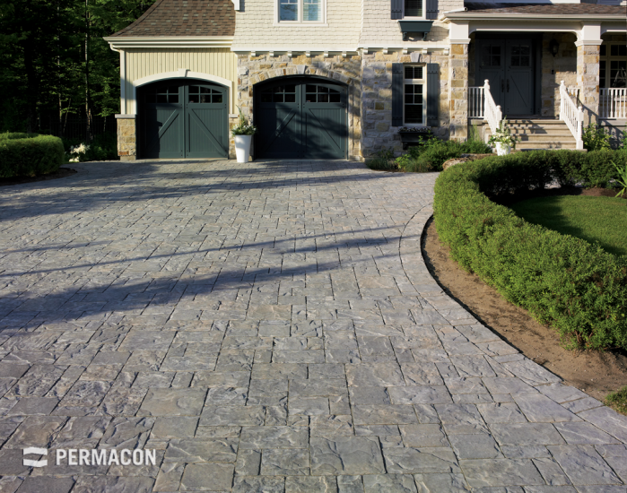 A driveway with italian-style elegance
