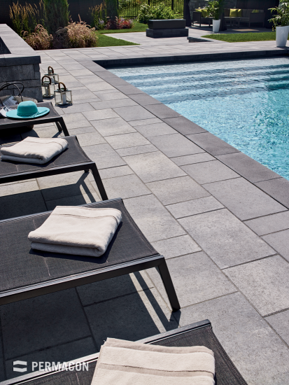 Accentuate your pool by using slabs and pool coping in contrasting colours