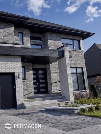 Mondrian Stone gives style to the front of your house